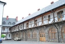 Монастырь святого Онуфрия. По преданию именно здесь был похоронен первопечатник Иван Федоров