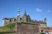 Город Кронборг и одноименный замок. Именно в нем по задумке Шекспира бродила тень отца Гамлета и разворачивались события художественного произведения.