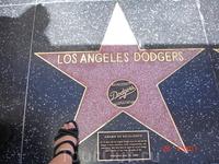...то самое место, где можно потоптаться собственными ногами по звездам Аллеи Славы Голливуда-))
