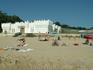 пляж сразу возле отеля Биссер