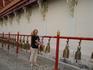 В горах северного Таиланда мы посетили несколько буддистских храмов, ударять в колокола считается хорошо, то ли грехи отпускаются, то ли желания сбываются ...
