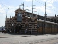 А это старый рынок в Хельсинки. Недавно отреставрированный