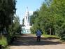 Впереди - Покровская церковь