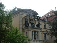 Здесь и ниже - подборка балконов в Потсдаме