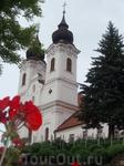 Двух башенная церковь Тихань