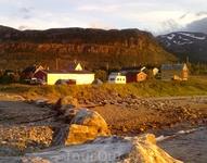 Ночлег в палатках. Вот такое солнце в 3 часа ночи !!!  Норвегия, Июль 2011