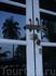 вот так закрывался наш домик на острове Ко Куд :) мы его закрывали, только когда уходили надолго, т.к. вокруг почти никого не было...