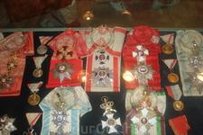 Экспонаты Цетиньского монастыря