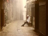 Полупустые улочки Сан-Марино