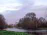Око Лондона следит за гуляющими в парке