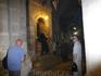 Храм разделен между шестью конфессиями христианской церкви: греко-православной, католической, армянской, коптской, сирийской и эфиопской, каждой из которых ...