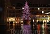 Рожденственские огни на елке в Ковент Гардене