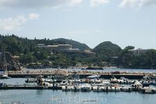 порт Палеокастрицы