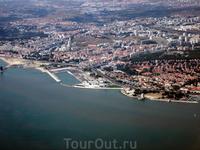 Лиссабон с борта самолёта.