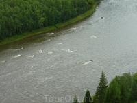 большая вода закрыла пороги ((