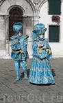 костюмы и маски