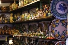 сувенирная лавочка. хороша сицилийская керамика!