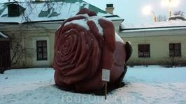 Скульптура Розы