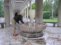 """""""Клептуза"""" - самый большой источник, оказалось, что всего в Велинграде около 80 термальных минеральных источников, термальные воды разделяются на четыре ..."""
