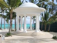беседка на месте гриль бара отеля Barcelo Bavaro Beach & Convetion Center 5*