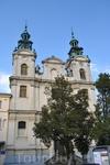 Костел святой Магдалины заложен в 1600 году для доминиканцев. В 1841 году монастырские помещения были перестроены под тюрьму для женщин. Сейчас в костеле ...