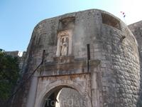 Ворота Пиле. Св. Влах - покровитель города