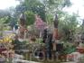 На территории Тямских башен. Здесь можно купить сделанные из глины  копии тямских скульптур