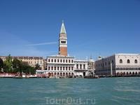 Вид на площадь Сан Марко  в Венеции