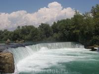 Это река, название забылось, вспомню, напишу)))))))