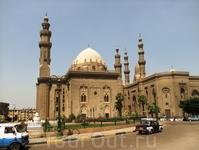 Мечети Эль-Рифаи и султана Хасана.