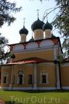 Спасо-Преображенский собор стоит на месте предшественника, воздвигнутого тут в XV веке при Андрее Большом.