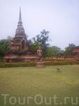 статуя &quotтанцующий Будда&quot  хотя он тут больше на женщину похож)