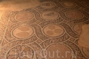 Мозаика на полу.