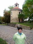 Сразу за Леопольдовыми воротами находится ротонда Св. Мартина, самая древняя из трех пражских романских ротонд. Во время гуситских войн ротонду разграбили ...