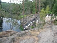 """здесь снимали """"А зори здесь тихие..."""" Тот самый водопад, где Женька отвлекала немцев."""