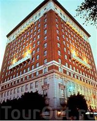 Фото отеля The Historic Mayfair Hotel