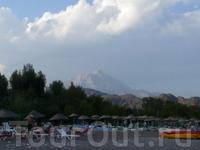 Чирали, вид на гору Тахталы