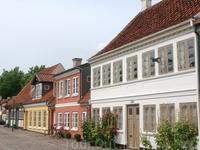 Интересно, а внутри этих домов так же уютненько как и снаружи?