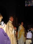 На праздничной мессе в Нотр Дам-де-Пари
