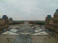 вид из Лувра 1