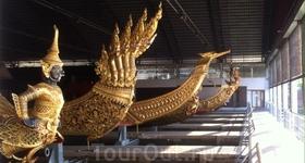 Бангкок-музей  королевских лодок