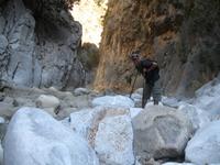 Ущелье Прассано. Местами стены смыкаются до полутора-двух метров