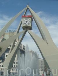 Площадь с Часовой Башней
