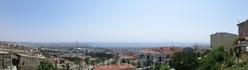 От стен крепости открывается прекрасный вид на город Салоники, который подобно чаше спускается к водам Термального залива