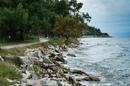 Песчаные или мелко-галечные пляжи Тасоса перемежаются такими каменистыми, но очень живописными берегами.