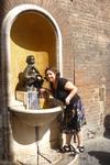 И фонтанов красивых много,и вода вкусная!