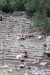 Древний город Фаселис расположен на выступающем в море мысе всего в 12 километрах от Кемера. Здесь помимо многочисленных руин античных сооружений Вас ждут песчаные пляжи и пышная средиземноморская рас