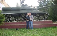 броня крепка и танки наши быстры...