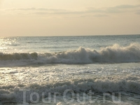 Волны были очень высокими.