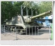 152 мм самоходно-артиллерийская установка ИСУ-152 «Зверобой» (СССР).